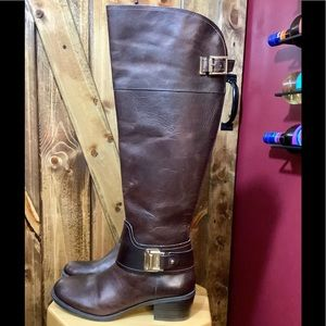 VINCE CAMUTO BROWN LEATHER KNEE HIGH BOOTS